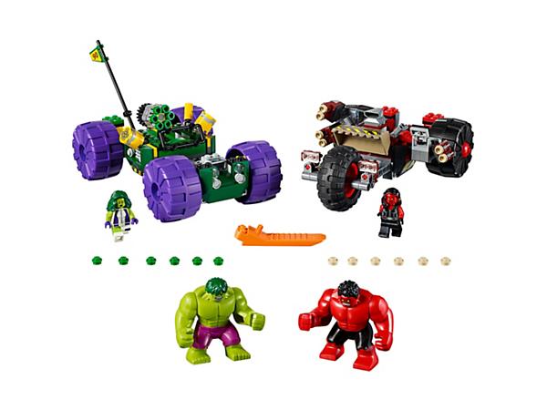 Gør klar til endeløs superheltesjov med disse robuste køretøjer, der kan smadres, med særlig Hulk-springfunktion og knopskydende våben ombord. To minifigurer og to store figurer medfølger.