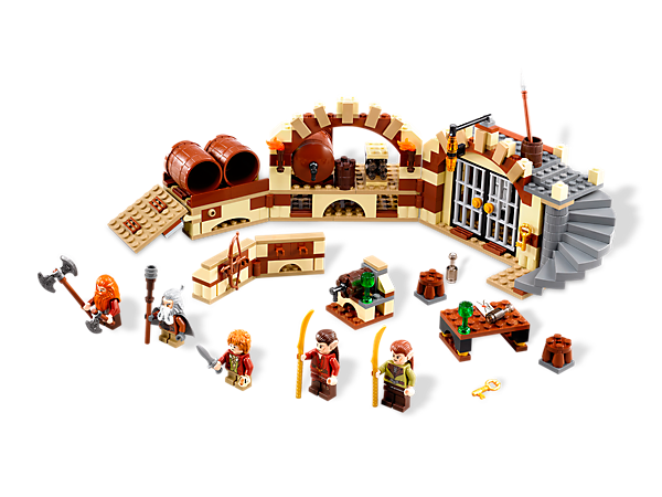 <p>Help <i>Bilbo Baggins</i>™ free the Dwarves by rolling to safety in barrels with 4 exclusive LEGO® <i>The Hobbit: An Unexpected Journey</i>™ minifigures!</p>