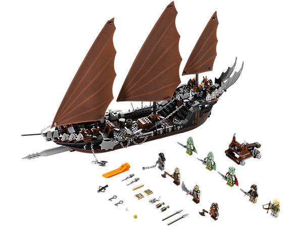 Ambush the Sauron Army from the Pirate Ship with dungeon, crossbow, anchors, sails, Corsair detailing and 9 minifigures!