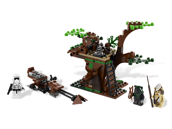 Attack — Ewok™ style — from a secluded treetop hideout, featuring stone launcher, log trap, secret compartment and retractable ladder!