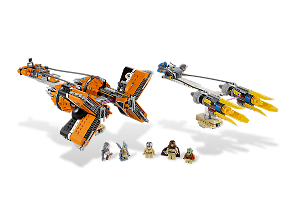 Look out, Sebulba is extending his Podracer's buzz saws to knock Anakin out of the race! Podracers features base for play and display!