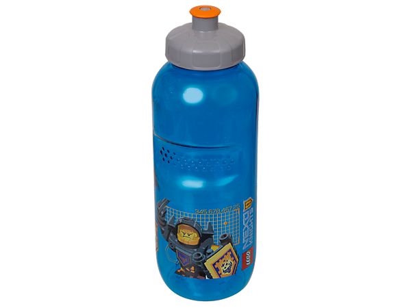Drink like a NEXO KNIGHTS™ hero with this durable, translucent-blue plastic LEGO® NEXO KNIGHTS Drinking Bottle with push-pull mouthpiece and 500ml capacity.