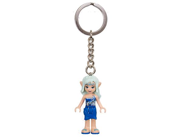 ¡Abre la puerta a nuevas aventuras con este llavero LEGO® Elves! Cuenta con una auténtica minimuñeca de Naida unida a una resistente anilla con cadena metálica.