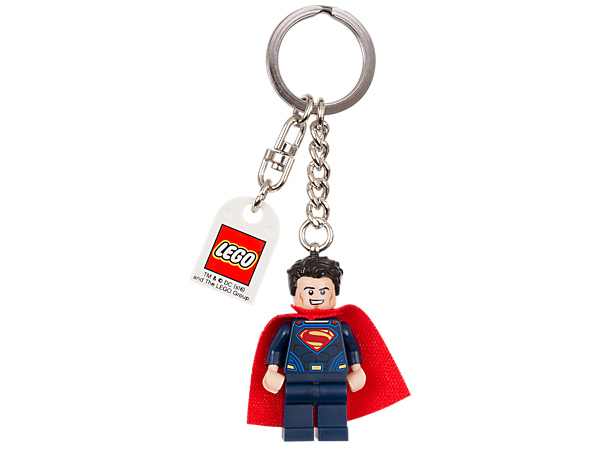 Show off your heroic style with this LEGO® DC Comics™ Super Heroes Superman™ keyring featuring an authentic minifigure attached to a sturdy metal ring and chain.