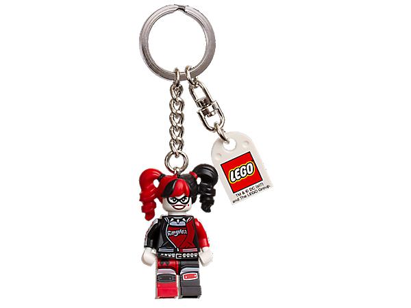 THE LEGO® BATMAN MOVIE – Harley Quinn™ Schlüsselanhänger mit Harley Quinn als Minifigur an einem robusten Metallring mit Kette passt auf deine Sachen auf.