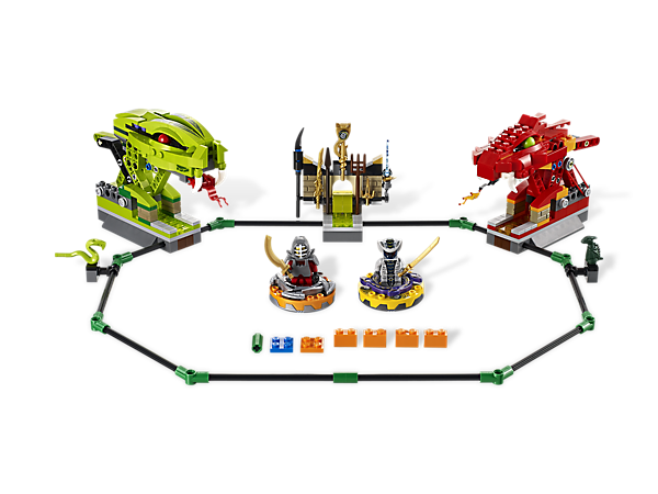 Star in a Spinjitzu showdown in the all-new Spinner Battle Arena with 8 battle cards, 9 weapons, 2 minifigures and arena attack functions!