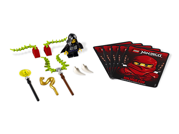 Customize and spin your way to victory with Lloyd Garmadon's 3 weapons, 4 battle cards, chains and fang blades!