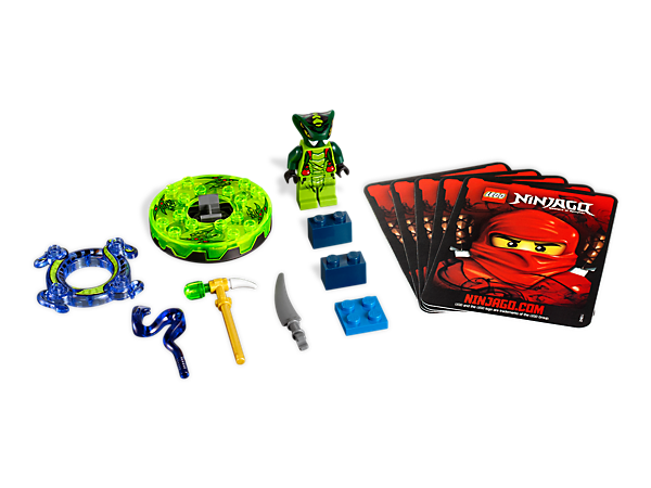 Spin into battle against the ninjas with 4 battle cards and Spitta with the purple transparent snake crown, spinner and golden weapons!
